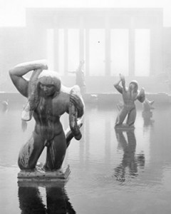 Balthazar Korab, Eliel Saarinen, Cranbrook Academy of Arts (Bloomfield Hills, MI, 1938–42), ca. 1978. Mermaids & Tritons bronze sculptures (1930) by Carl Milles in the foreground.